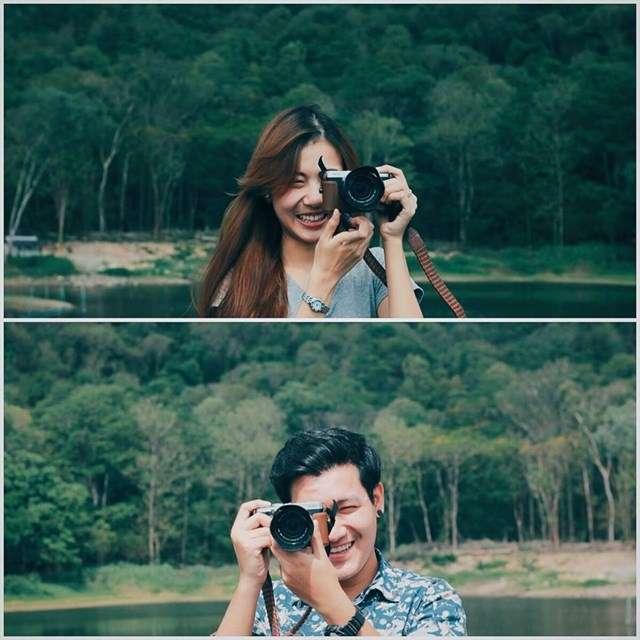 cặp đôi chụp ảnh cho nhau