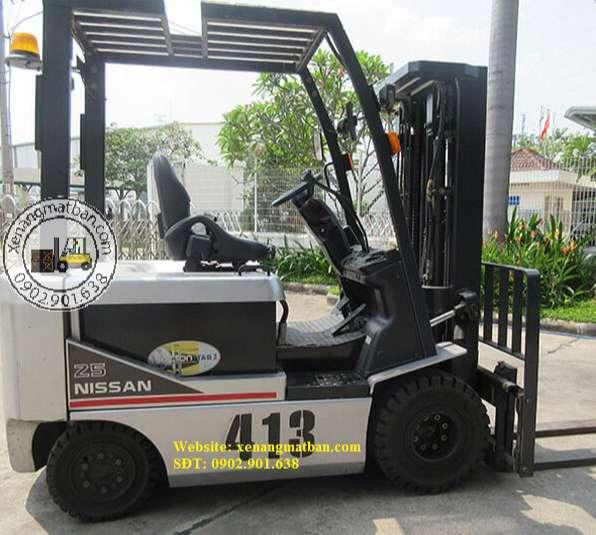 xe-nang-dien-nissan-2.5 tấn