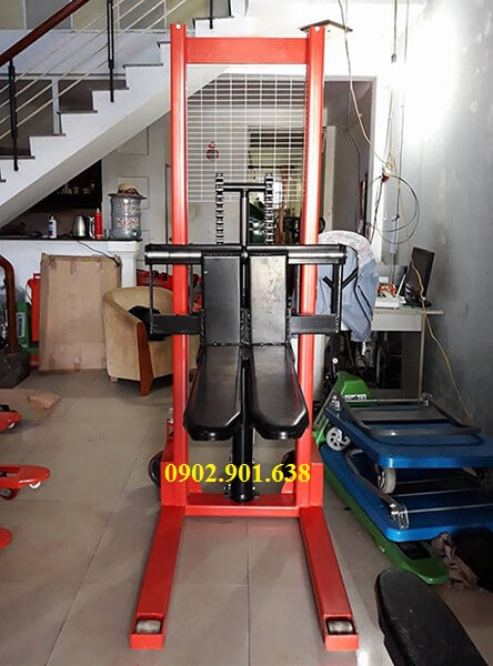 xe-nang-tay-cao-1-tan-1.6 mét