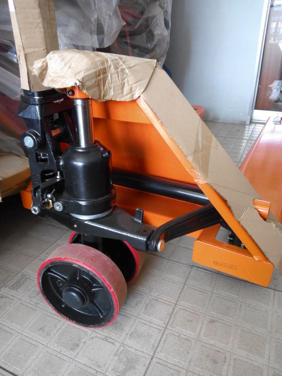 Xe nâng tay thấp 2,5 tấn hiệu Niuli